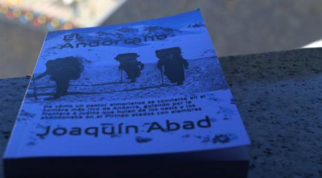 Llistes d'espera a les llibreries del Principat per poder obtenir 'El Andorrano'
